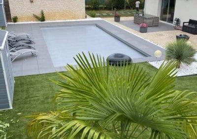 Aménagement paysager autour d'une piscine poitiers
